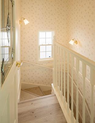 ロビンスジャパン リビング階段が家族を繋ぐ