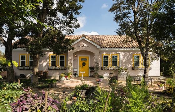 年月を超えて愛され続ける普遍的なデザインの家の提供